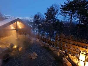 湯宿 季の庭(ときのにわ):【季の湯】「葉隠れの湯」露天風呂(冬風景)