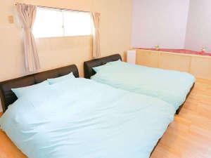素泊りの宿 Roadside HOTEL カリブ:6号室ツーベッドルーム