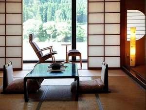 咲花温泉 河畔の宿 碧水荘:清流館客室からの眺望「只見」