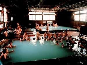 酸ケ湯温泉旅館:大浴場ひば千人風呂