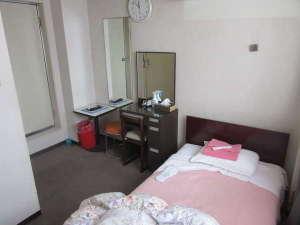 レディースホテル プチハウス:1人部屋になります。