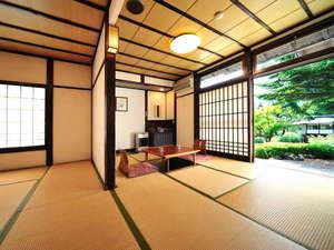 猿ヶ京温泉 生寿苑(しょうじゅえん):和室14畳のお部屋一例 - 客室全てに掘りごたつ、プラズマクラスター、除湿機が完備され快適です!