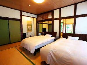 猿ヶ京温泉 生寿苑(しょうじゅえん):和洋室22畳三間 - ベッドは(120cm×200cmのセミダブルサイズ!)