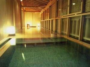 猿ヶ京温泉 生寿苑(しょうじゅえん):夕方の貸切風呂
