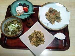 旅館さらしなや:女将のすんき料理