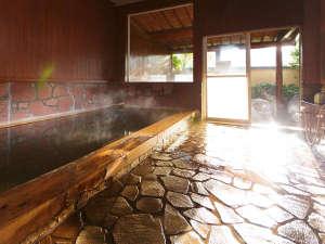 湯布院旅館のぎく:●大浴場 男湯内湯