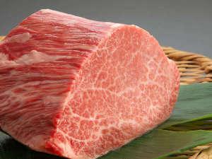 【秋田牛】肥育農家が限られている希少価値の高いブランド牛。柔らかくてジューシー♪