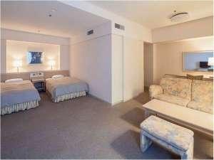 青森ワイナリーホテル:新館洋室(45平米)定員4名