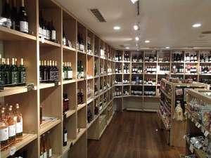 青森ワイナリーホテル:売店「あおもり商店」 ワインコーナー