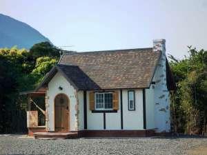 屋久島【全棟ハンモック付】コテージ 森のこかげ:【Sタイプ】南仏プロヴァンスの漆喰で作ったおとな可愛いコテージです。