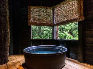 福井市美山森林温泉 自家源泉の宿 みらくる亭:【露天付客室】専用の露天風呂でぜいたく気分♪