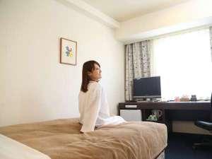 パークサイドホテル 広島 平和公園前:清潔感あふれる客室はビジネス利用はもちろん女性にも人気