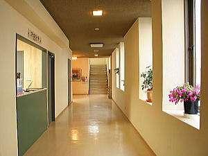ホテルしみず:フロント廊下部分