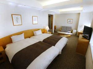 ホテル京セラ:本館エグゼクティブツインDXタイプ(38.7平米)