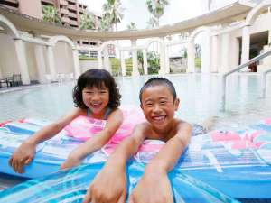 ホテル京セラ:アネックス地下1階水着着用スパ「エデン」をのんびりリゾート気分で満喫してください。