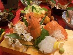 かぢや旅館:当館の おすすめ お料理コース 磯料理+活えび料理