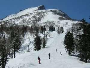 ホテル大雪:標高1984m!黒岳の7合目で絶景が楽しめる黒岳スキー場