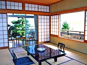湯らゆら温泉郷 汐汲苑:潮風薫る、日本海側のお部屋  ※2014年4月以降の宿泊分 消費税額:8%を含んだ価格となります。