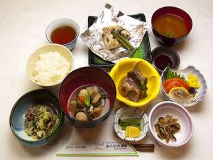 みくりが池温泉:☆季節や日によって変わるお食事の例です☆お風呂と並んで大好評!