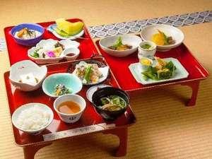 高野山 宿坊 恵光院:お寺で宿泊精進料理堪能プラン「三の膳付き」のお料理です