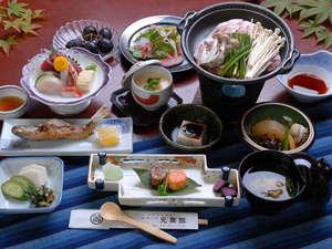 秘湯の宿 元泉館:夕食(11品・一例)