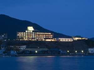 ■天空ホテル海廬 外観夜景