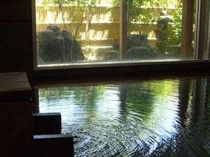 月がほほえむ宿 大峰館:いつでも入れるかけ流しの湯