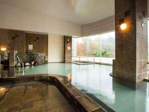 夢の国星の国みるき~すぱサンビレッヂ:展望大浴場はph7.1の中性。「さらっとした」肌触りの温泉です。男女ともサウナ完備。