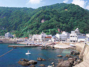 古八旅館:<玉川海水浴場>当館からすぐ!透明度も高く、海水浴に最適です★