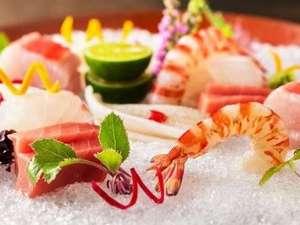 クサツエストピアホテル:日本料理「あお花」。四季折々の旬の食材で作るこだわりの一品。