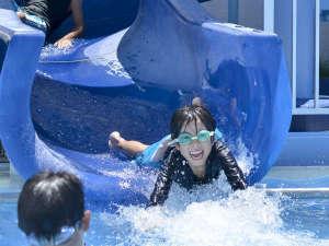 アートホテル石垣島:お子様リピート率NO.1のウォータースライダー