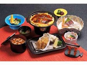 ホテル ニュ-ヒロデン:「宮島御膳」~広島風お好み焼、牡蠣フライ、など広島の美味しいものが満載です~
