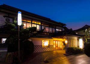 「ふぐ料理」と「源泉掛流し」を楽しむ宿 竹園旅館の写真