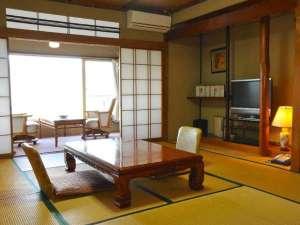 白湯の宿 山田家:502号「乙女の間」5階の見晴らしの良い客室