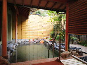 源泉かけ流しの宿 湯陣千代の湯