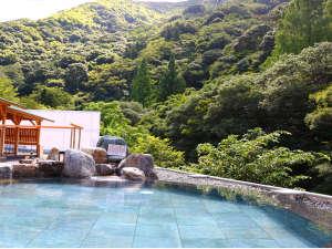 翠明の湯 昼の岩湯 山側