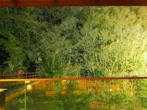 【景観ベスト3】*冬*足湯場から見た絶景。ライトアップで幻想的を感じさせる♪