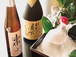 山陰の日本酒は美味しい水が生み出した逸品揃い!スタッフ厳選の日本酒をお好みでお選び下さい。