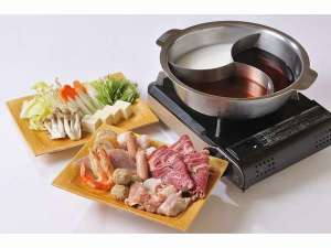 湯元 銀泉閣:当館イチ押し♪三種のスープが楽しめる薬膳火鍋