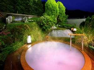 鬼怒川グランドホテル 夢の季:ミクロ泡が乳白色にみえるシルクバスはお肌をすべすべにしてくれる嬉しいお風呂