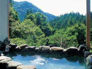 ペンション ユミィ:山々を望む絶景の貸切露天風呂
