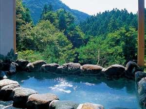 ペンション ユミィ:温泉を満喫♪山々を望む絶景の貸切露天風呂!