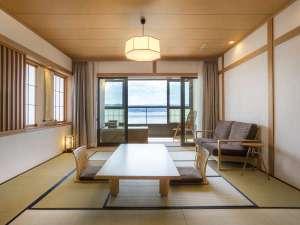 寛ぎの諏訪の湯宿 萃sui‐諏訪湖:客室<ワイドタイプ>
