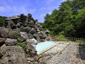 高湯温泉 旅館 玉子湯:*【露天風呂 天渓の湯(一例)】河のせせらぎの聞こえる温泉で、日ごろの疲れを落としましょう。