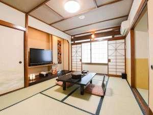 津和野のお宿 よしのや:*【和室10畳+4.5畳】ご家族にお勧めのお部屋です