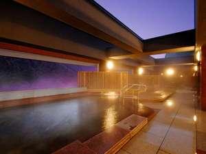 層雲峡 朝陽亭:【天空露天 朝陽山】夜の入浴もおすすめです。お寛ぎください