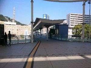 ホテル 広島ガーデンパレス:広島駅新幹線口の2Fにデッキが開通し、より便利にお越し頂けるようになりました。