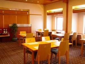ホテルレイクアルスターアルザ泉大津:☆朝食会場7階 和食レストラン 小津☆