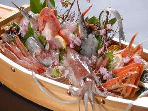 1日7組 貸切温泉と地魚料理 海辺の美食宿 浜の路 臨江庵