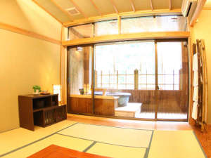 四季彩の宿 ふる里:【半露天風呂付客室】人気のお部屋です!